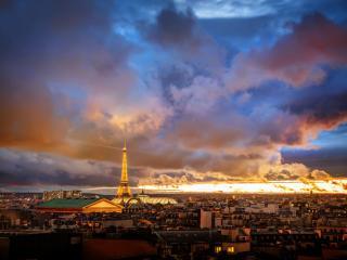 обои Хмурый вечер над старым Парижем фото