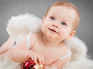 обои Маленький ангелочек с крыльями фото