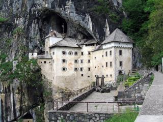 обои Замок у обрыва фото