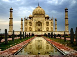 обои величественный храм Азии фото