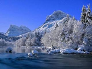 обои Горы,   озеро и снег фото