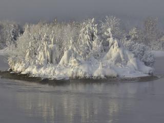 обои Заснеженный островок фото