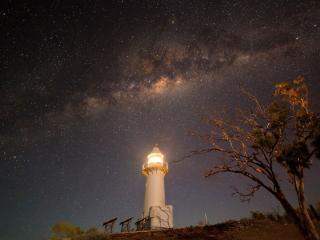 обои Ночной маяк фото