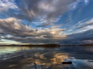 обои Озеро и небо фото