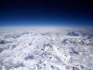 обои Виды белых гор с высоты птичьего полета фото
