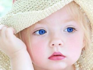 обои Синеглазая девочка в шляпке фото