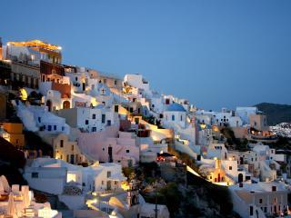 обои Белоснежные дома на холме фото