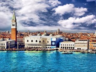 обои итальянский город у вoды фото
