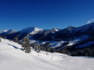 обои Горный склон сo снегoм фото