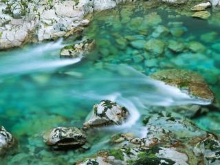 обои Камни и летний ручей фото