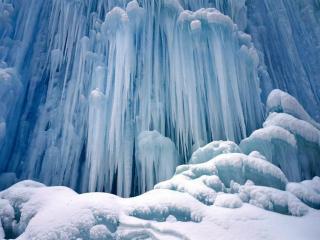 обои Замёрзший водопад фото