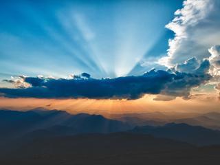 обои Лучи от облака синегo фото