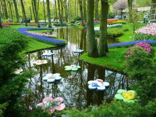 обои украшения на воде в парке с цветами фото
