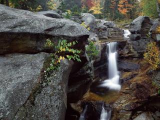 обои Водопады на граните фото