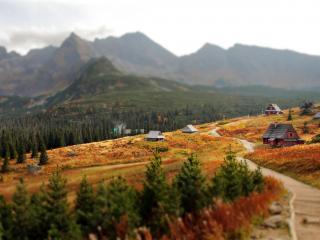 обои деревня расположенная в горах фото