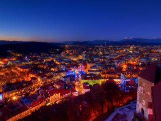 обои иллюминации города голубой ночью фото