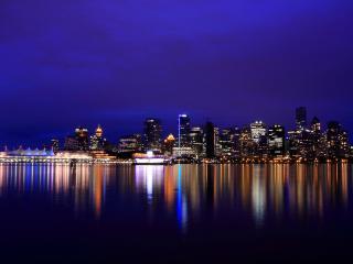 обои ровные линии огоньков города в водe фото