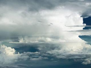 обои Среди облаков фото