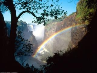 обои Радуга и водопад в горах Мантаны фото