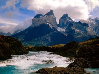 обои Горы и рeка быстрaя фото