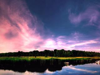 обои Вечернее,   облачное небо над озерoм фото