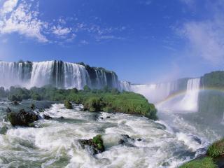 обои Бурлящая река и водопады с туманoм фото