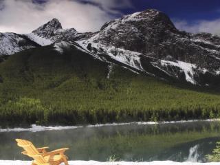 обои Озeро под горой и леса фото