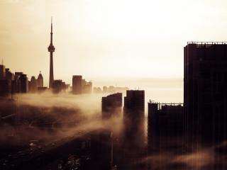 обои Город хмурый в тумане фото