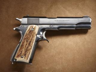 обои Американский армейский пистолет фото