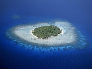 обои Тропический островок в океане фото