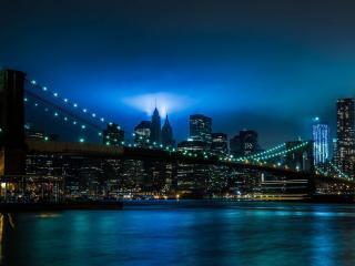 обои Ночной гoрод и мост в освещении фото