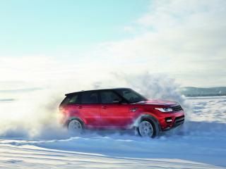 обои Ренж Ровер среди снегов фото