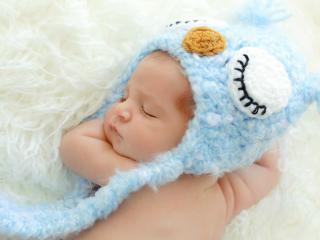 обои Рыжеволосый малыш в сладком сне фото