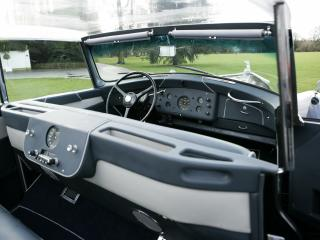 обои Rolls-Royce Silver Wraith Perspex Top Saloon by Hooper 1951 салон фото