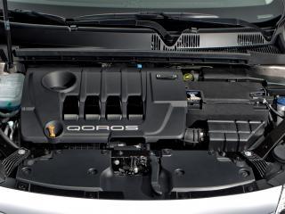 обои Qoros 3 Sedan 2013 мотор фото