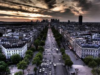 обои Темнеeт небо в городе фото
