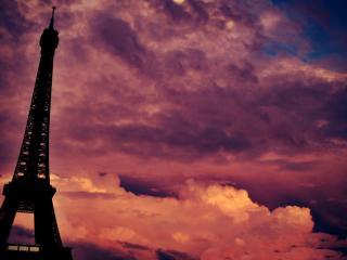 обои Взгляд в небо и на башню фото