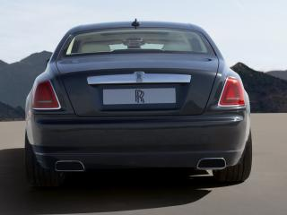 обои Rolls-Royce Ghost 2009 зад фото