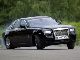 обои Rolls-Royce Ghost UK-spec 2009 занесло фото