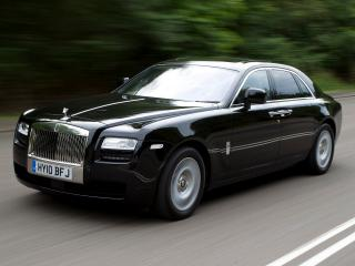 обои Rolls-Royce Ghost UK-spec 2009 на дороге фото