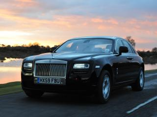 обои Rolls-Royce Ghost UK-spec 2009 спереди фото