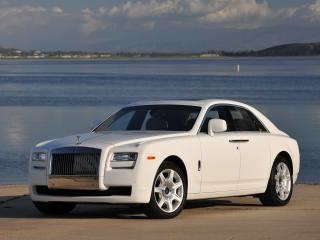 обои Rolls-Royce Ghost US-spec 2009 белая фото