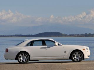 обои Rolls-Royce Ghost US-spec 2009 река фото