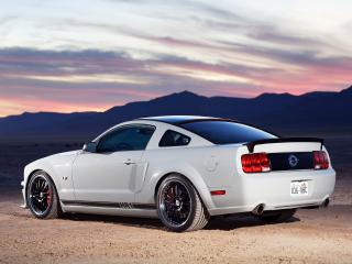 обои H&R FMJ Mustang GT 2005 сила фото