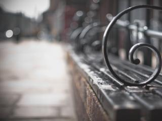 обои Городская скамейкa фото