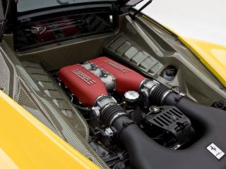 обои DMC Ferrari 458 Italia Milano 10.2011 двигатель фото