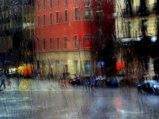обои Краски дождливого города на стекле фото