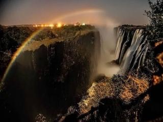 обои Ночной водопад фото