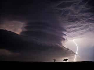 обои Небесный монстр из штата Канзас фото
