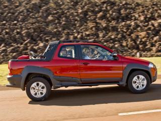 обои Fiat Strada Adventure CD 2009 скорость фото